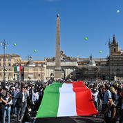 Italie: l'extrême droite manifeste au nom des citoyens «qui ne renoncent pas»