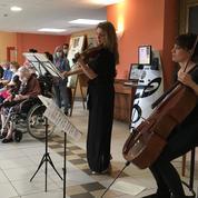 Dans les Ehpad, l'Orchestre de chambre de Paris va droit au cœur des personnes âgées