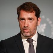 Christophe Castaner saisit la justice après des messages racistes de policiers sur Facebook