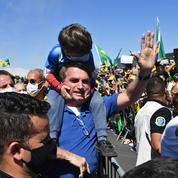 Coronavirus : Bolsonaro menace de quitter l'Organisation mondiale de la santé