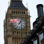 Royaume-Uni : des peines de prison pour « Miss Hitler » et de jeunes néo-nazis