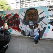 Black Lives Matter: une ruelle de Toronto taguée entièrement en noir et gris en hommage à George Floyd