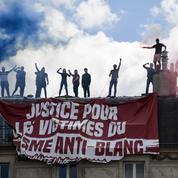 «Violences policières» : et soudain, une banderole choc apparaît lors de la manifestation à Paris