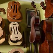 À Crémone, les luthiers luttent pour leur survie face à la crise sanitaire et la concurrence chinoise