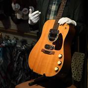 La légendaire guitare de Kurt Cobain vendue 6 millions de dollars