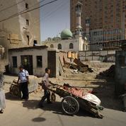La Chine accusée de stériliser de force des Ouïghours
