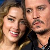 Dépeint comme un mari violent, Johnny Depp poursuit le Sun