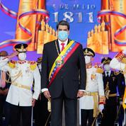 Venezuela: Maduro change ses chefs militaires, garde son ministre de la Défense
