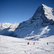 Racisme: une commune suisse refuse de débaptiser un sommet alpin au nom controversé