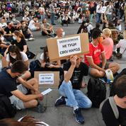 Manifestations pacifiques à Belgrade après deux nuits de violences