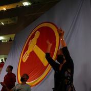 Elections à Singapour: le parti au pouvoir victorieux, score historique pour l'opposition