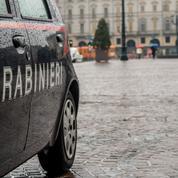 Italie: un homme condamné à 24 ans de prison pour avoir détourné un bus scolaire