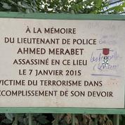 Charlie Hebdo: plainte après la dégradation de la plaque en mémoire d'Ahmed Merabet