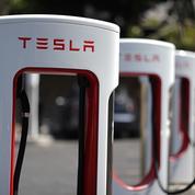Tesla gagne de l'argent pour le quatrième trimestre de suite