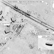 Washington accuse la Russie de livrer des armes en Libye, images à l'appui