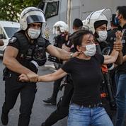Human Rights Watch appelle la Turquie à enquêter sur des cas de torture