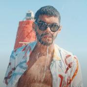 Sami Outalbali mouille la chemise dans le dernier clip de Bigflo et Oli