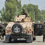 Forces afghanes et talibans s'affrontent après la fin de la trêve