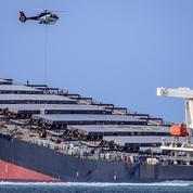 Maurice: «Tout le fioul a été pompé des réservoirs» du bateau échoué