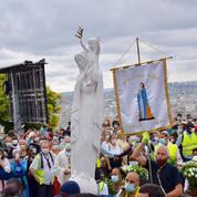 La fête de l'Assomption connaît un fort engouement à Paris malgré l'épidémie