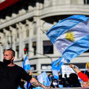 Des milliers d'Argentins manifestent contre le confinement
