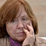 Le prix Nobel de Littérature 2015, Svetlana Alexievitch, convoquée par la justice biélorusse