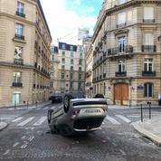 Le quartier des Champs-Élysées sidéré par les violences après la défaite du PSG