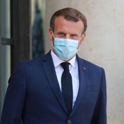 Le président Macron et son homologue algérien échangent sur le Mali et la Libye