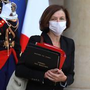 En Irak, la ministre française des Armées plaide pour renforcer la surveillance anti-EI