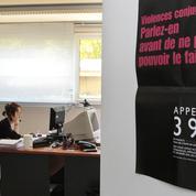 Violences conjugales : le numéro d'écoute 3919 ne sera ouvert 24h sur 24 qu'à l'été 2021
