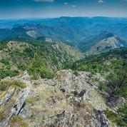 Au mont Aigoual, randonnée sur le sentier des 4000 marches