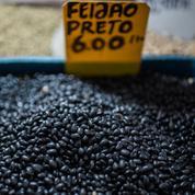 Les prix des denrées alimentaires s'envolent au Brésil