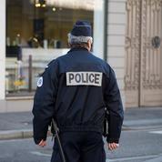 Police: généralisation des caméras-piétons au 1er juillet 2021, annonce Darmanin