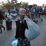 Lesbos : 6000 réfugiés dans le nouveau camp, 157 personnes positives au coronavirus