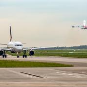Covid-19: les compagnies aériennes demandent un dépistage rapide pour chaque voyageur
