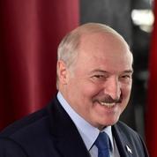 Biélorussie : Loukachenko a prêté serment en secret pour un 6e mandat présidentiel