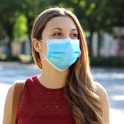 Dans la grande distribution, une guerre des prix sur les masques est engagée