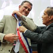 À Perpignan, Louis Aliot, le nouveau maire RN, s'entoure de trois gardes du corps