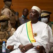 Gouvernement de transition au Mali : des militaires aux postes clés