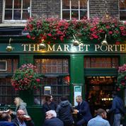 Plus d'un demi-million d'emplois menacés dans les pubs et restaurants britanniques