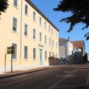 Un lycée de Bourg-en-Bresse menacé après plusieurs départs de feu, le «pyromane» annonce un «carnage»