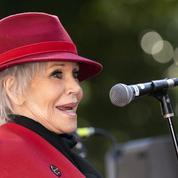 Jane Fonda mouille le maillot pour inciter les Américains à voter