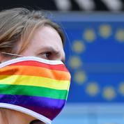La CEDH condamne la Géorgie pour des fouilles à nu dans une association LGBT