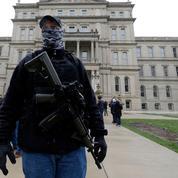 États-Unis : des membres d'une milice inculpés pour un projet d'enlèvement d'une gouverneure démocrate