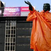 Une statue de Christophe Colomb retirée à Mexico pourrait ne pas être remise en place