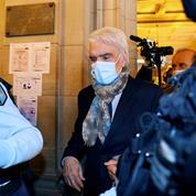 À l'ouverture de son procès, Bernard Tapie apparaît «très affaibli»