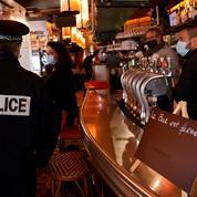 Covid-19 : des professionnels de la restauration bloquent le périphérique à Paris