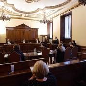 Viols au Vatican : début du procès de deux prêtres italiens