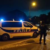 Yvelines : un policier tue un automobiliste qui lui fonçait dessus, selon la police