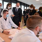 Jean Castex annonce une aide de 150 euros pour les jeunes bénéficiaires des APL et les boursiers